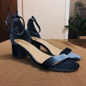 Darling velvet heeled sandals